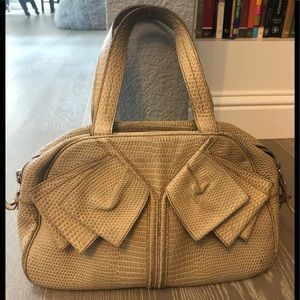 YVES SAINT LAURENT ❤️Beige Leather Bow Bowler Bag